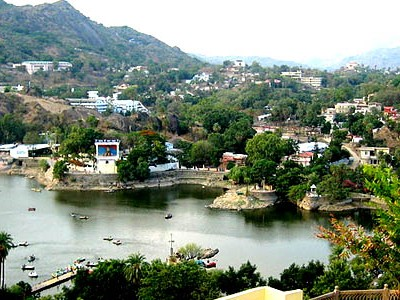 Enchanting Rajasthan Mount Abu Honeymoon Package