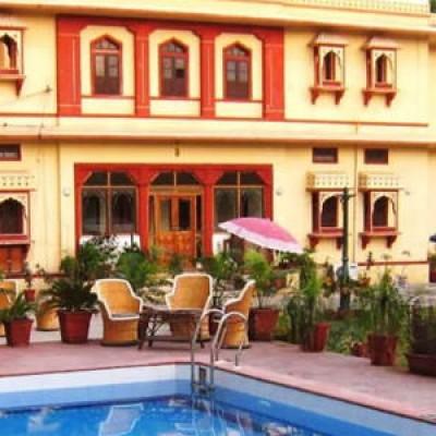 Hotel Devi Niketan