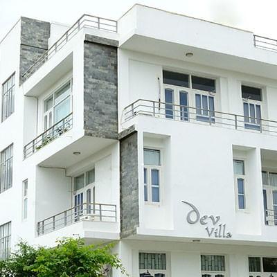 Hotel Dev Villa