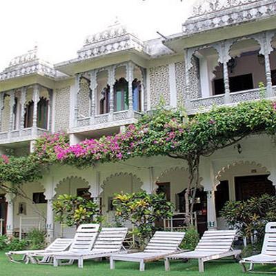Hotel Rangniwas Palace