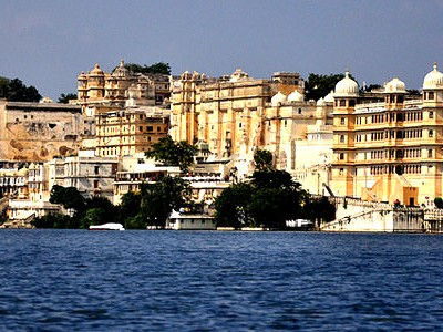 Mewar Lakes and Palaces 4 Days Tour Package