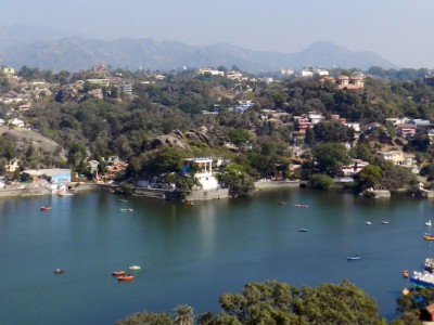 OYO Mount Abu with Udaipur Tour Package