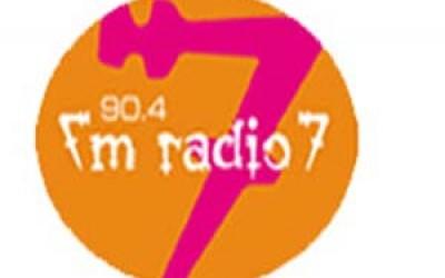 FM Radio 7