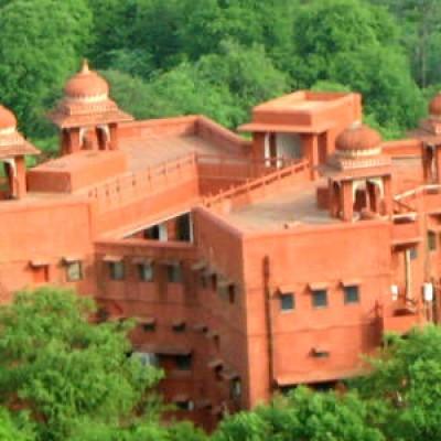 RTDC Hotel Castle Jhoomar Baori