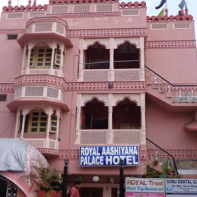 Hotel Royal Aashiyana Palace
