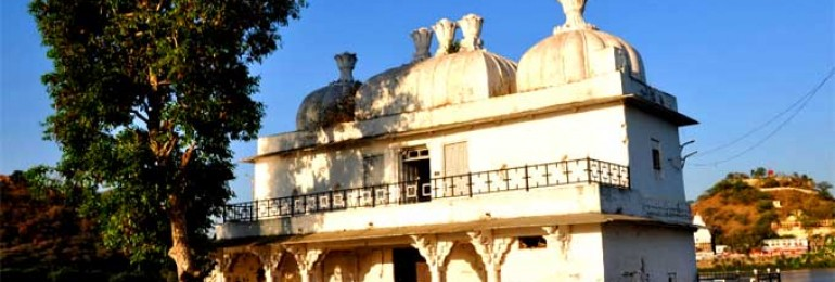 Badal Mahal in Dungarpur