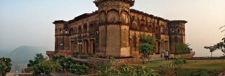 Tijara Fort