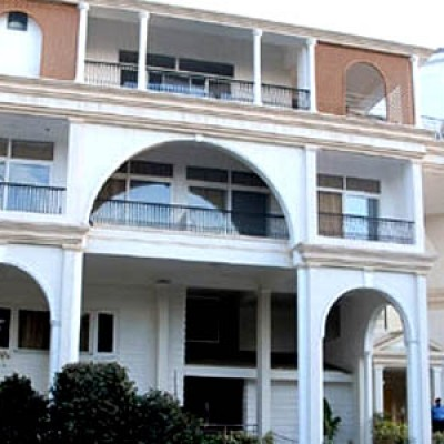 Hotel 66 Residency