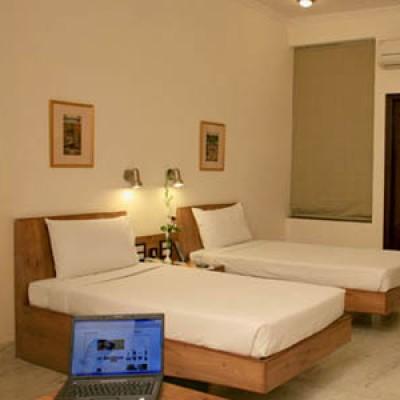 Hotel Karawan