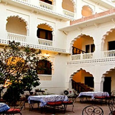 Hotel Khandwa Haveli