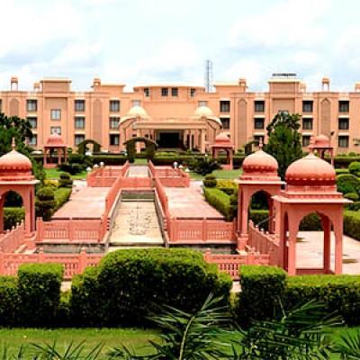 Hotel Gold Palace & Resorts