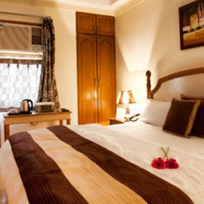 Hotel Woods Villa Suites