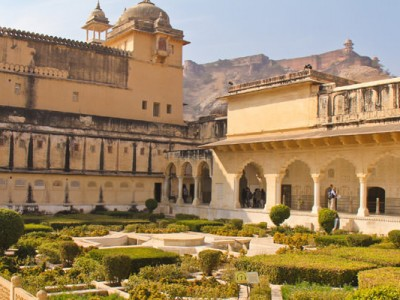 Forts & Tigers From Jaipur Tour Package