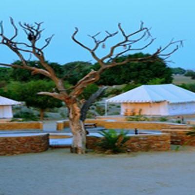 Hotel Damodra Desert Camp