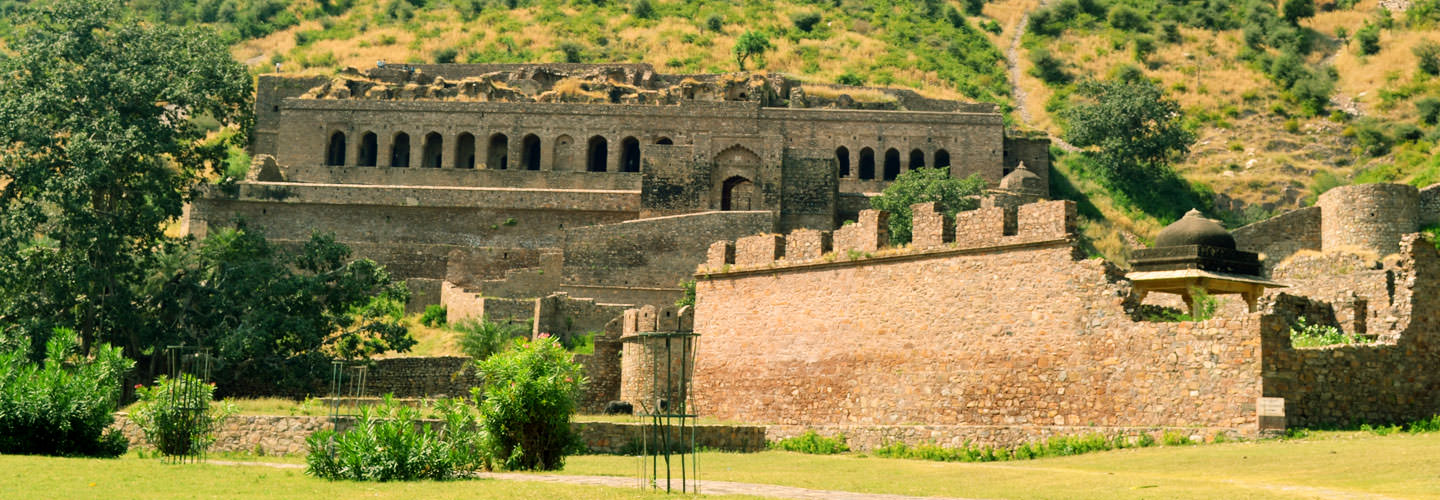 Bhangarh Fort Palace in alwar