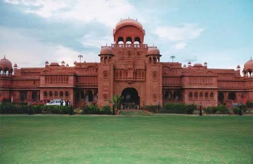 Lakxmi Niwas Palace