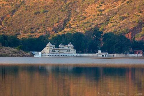 Sukh Niwas Palaces Bundi