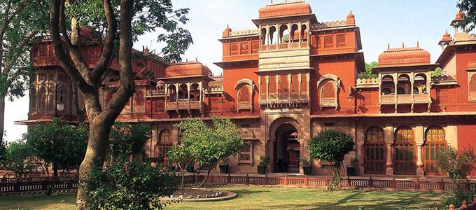Gajner Palace hotel in Bikaner