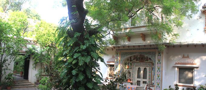 Heritage Hotel Palkiya Haveli