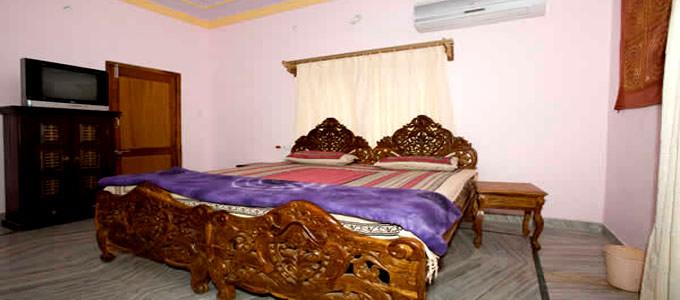 Hotel Aroma in Pushkar