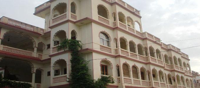 Hotel Pushkar Lake Palace Pushkar