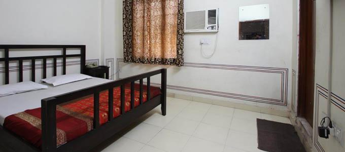 Hotel Raghuraj Palace Jaipur