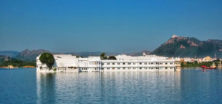 Jag Niwas Lake Palace