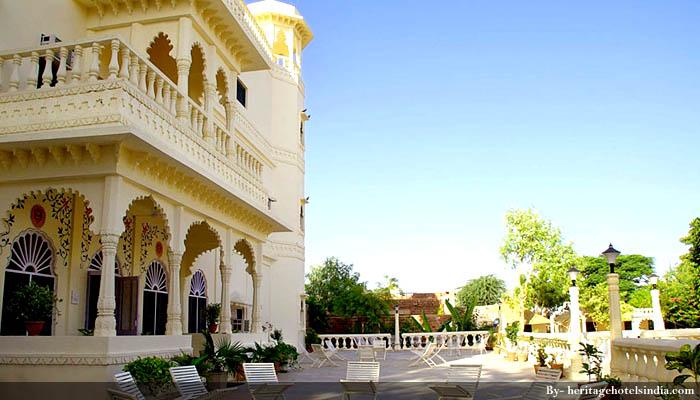 Jhalamand Palace