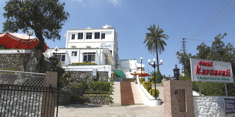 Hotel-Karnavati-Mount-Abu