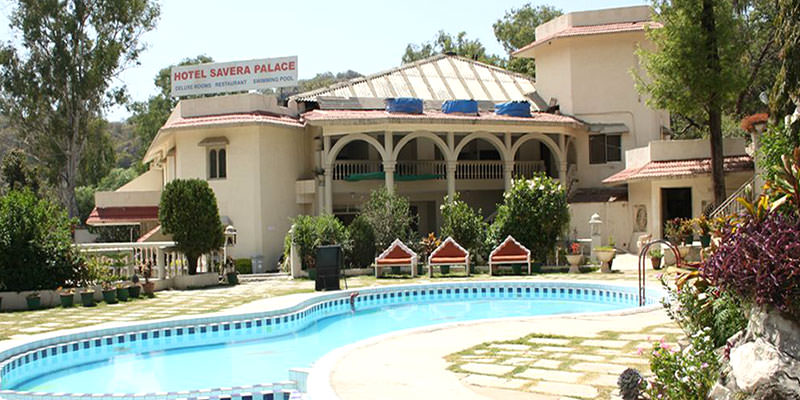Enjoy a great vacation at cheapest hotel in mount abu Hotel with swimming pool in mount abu
