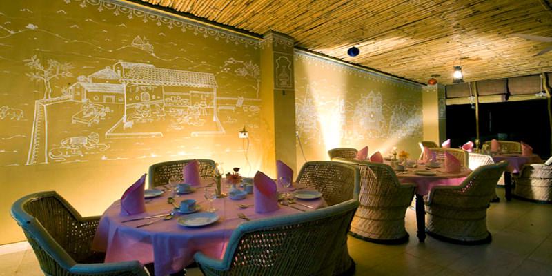 Hotel Takhat Vilas