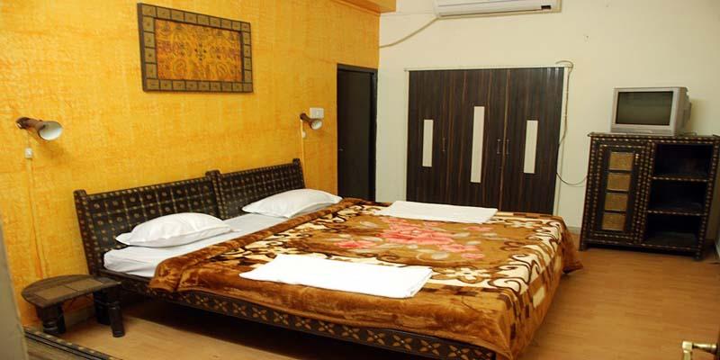Hotel Meera Mahal Jaisalmer