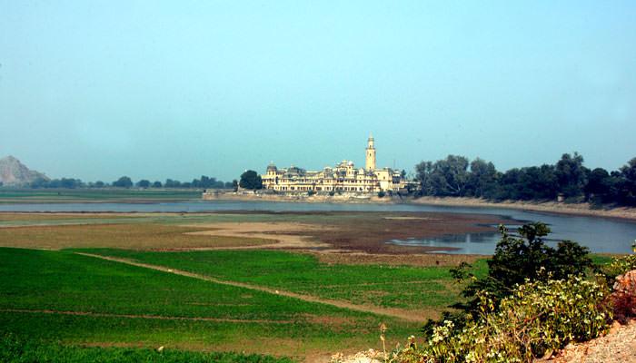Vijay-Mandir-Palace-Alwar