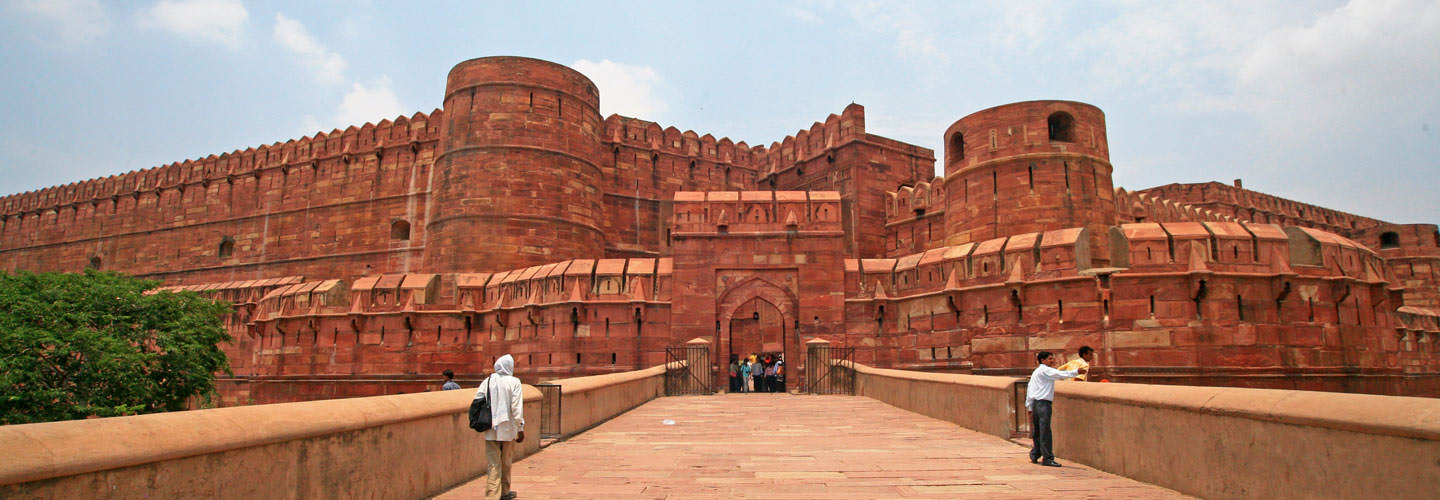 Tourist Places in Agra